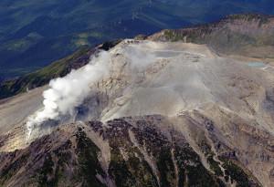 噴火で58人犠牲の御嶽山、遺族らが初めて「八丁ダルミ」で慰霊へ