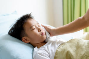 国内のコロナ入院患児、大半が軽症か無症状 入院例1,038例の解析結果