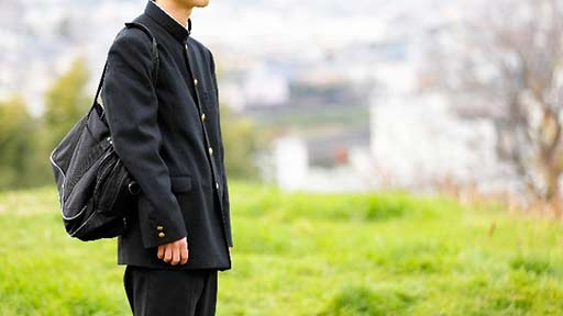 制服を着て「学校へ行ったふり」を繰り返す中1男子 不登校がバレると「お母さんが怒られる」