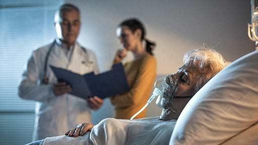 心不全で緊急搬送されたが「コロナ禍だから治療しなくていい」…改善が望めるのに看取りを願う患者・家族にどうかかわるか