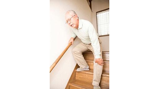 階段の上り下りなどで違和感や痛み 変形性ひざ関節症の国内患者は1000万人