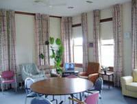 オーストラリアのナーシングホーム。入所者はこの部屋で家族に見守られて亡くなる。普段は入所者の談笑の場として使われている。